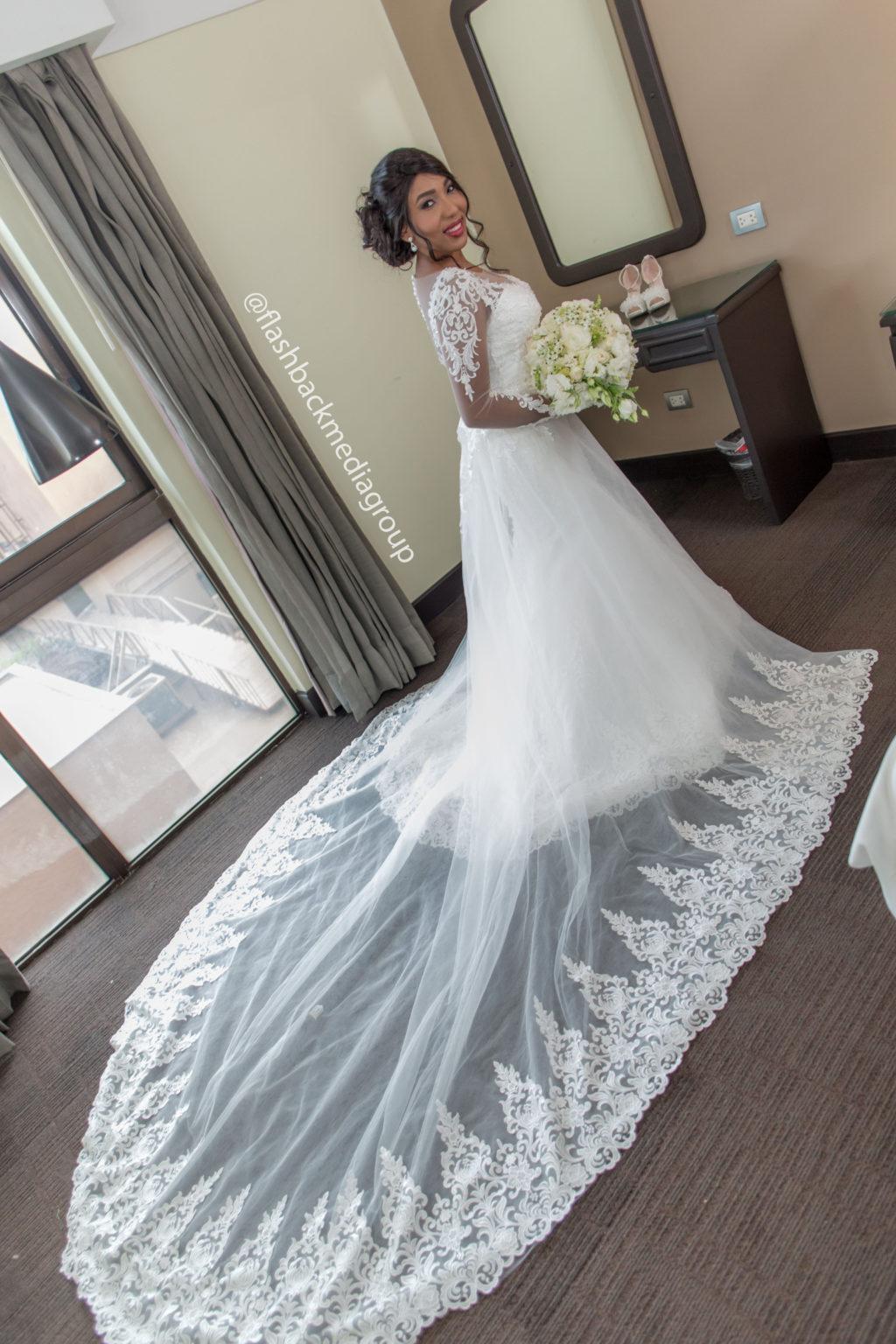 Estrella Figueroa vigsel store vestido de novia