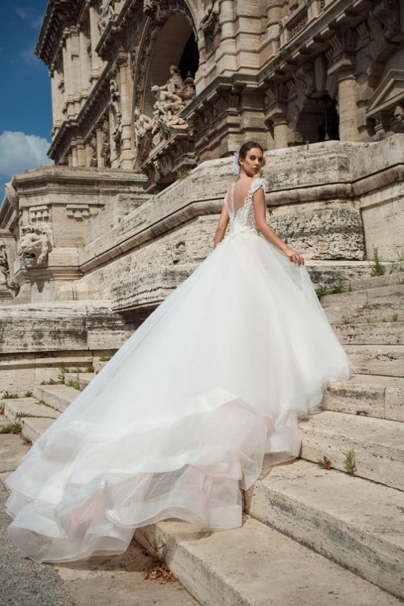 Venta y alquiler de vestidos de novia en santiago - vigsel store jasmine_2