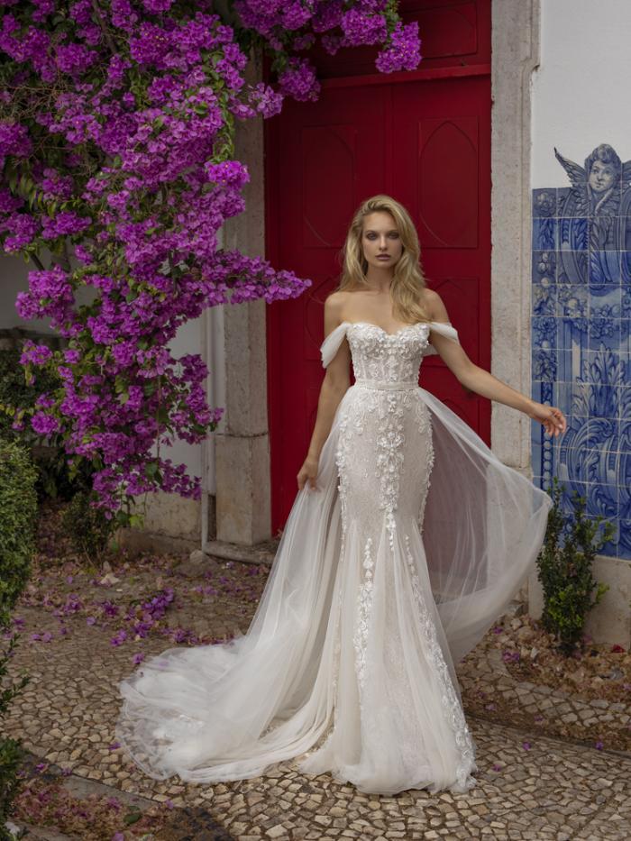 lira (1) - Venta y alquiler vestidos de novia en Santiago