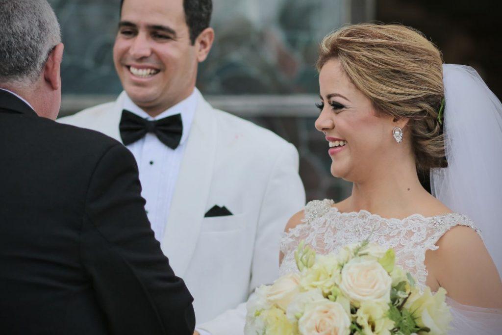 Vestidos de novia en alquiler bonitos