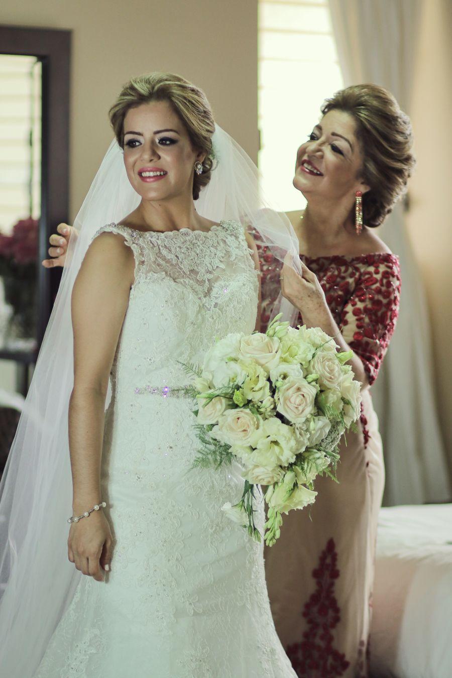 Vestidos de novia en alquiler y en venta